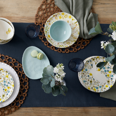 set-whimiscal-easter-table-2