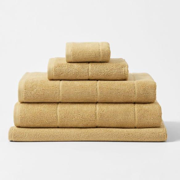 https://s3-ap-southeast-2.amazonaws.com/fusionfactory.commerceconnect.bbnt.production/pim_media/000/113/995/CH-Tasman-Towels-Rattan-214526-R.jpg?1617841885