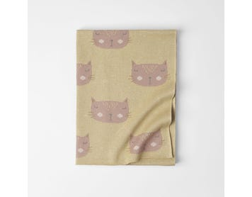 https://s3-ap-southeast-2.amazonaws.com/fusionfactory.commerceconnect.bbnt.production/pim_media/000/072/143/LF-Lola-Cat-Knitted-Throw-Cat-Mustard-21031701.jpg?1599194875