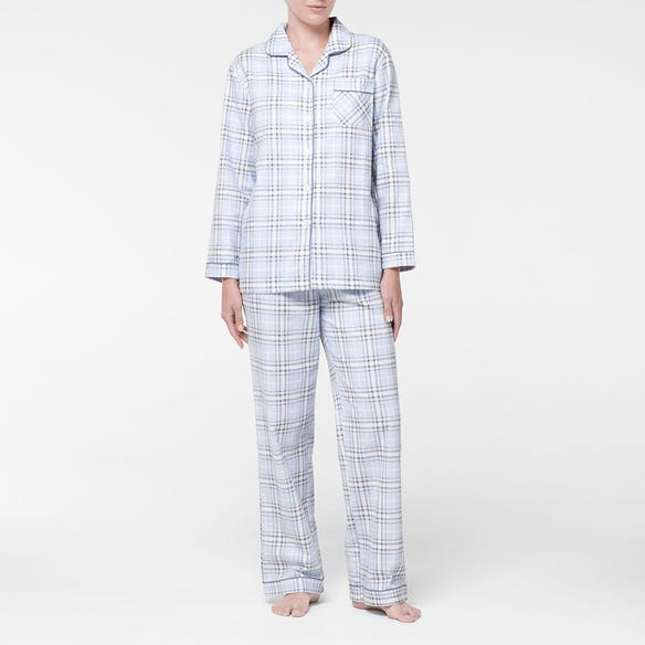 https://s3-ap-southeast-2.amazonaws.com/fusionfactory.commerceconnect.bbnt.production/pim_media/000/107/393/M_F-Checkmate-Flannel-PJs-Blue-214132-R-Front.jpg?1615772112