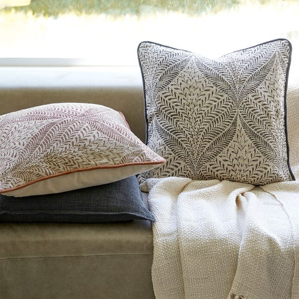 https://s3-ap-southeast-2.amazonaws.com/fusionfactory.commerceconnect.bbnt.production/pim_media/000/110/768/M_F-Clover-Printed-Cushions-W21-214160-R-LS-Mother-Earth.jpg?1616542526
