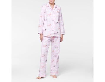 https://s3-ap-southeast-2.amazonaws.com/fusionfactory.commerceconnect.bbnt.production/pim_media/000/107/459/M_F-Dachsie-Flannel-PJs-Pink-214125-R-Front.jpg?1615778539