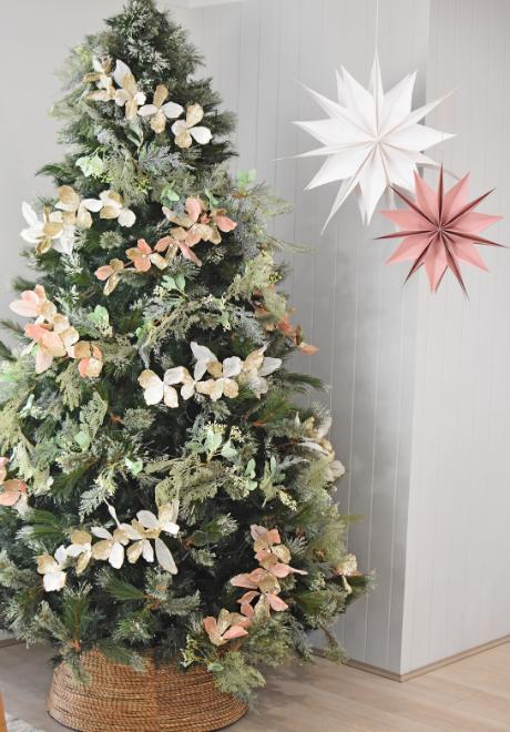 decorate-christmas-tree-2