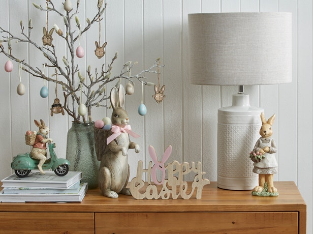 Decorating for Easter Image 02