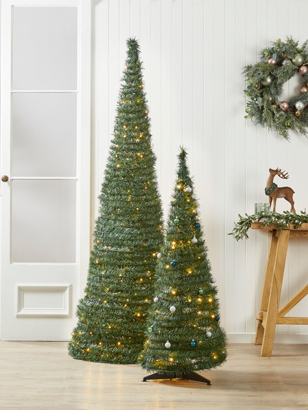 How to Decorate Your Pop-Up Tree Image 03