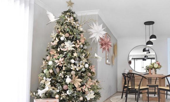 Instragram worthy Christmas tree